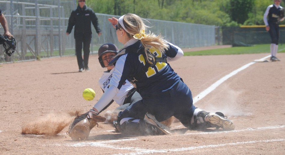 Grace Jackson scored in the second inning for UNOH. (Photo by Keith Burgei)