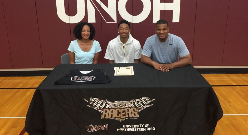 Photo for Bradley Becomes Latest Signee for Men's Basketball